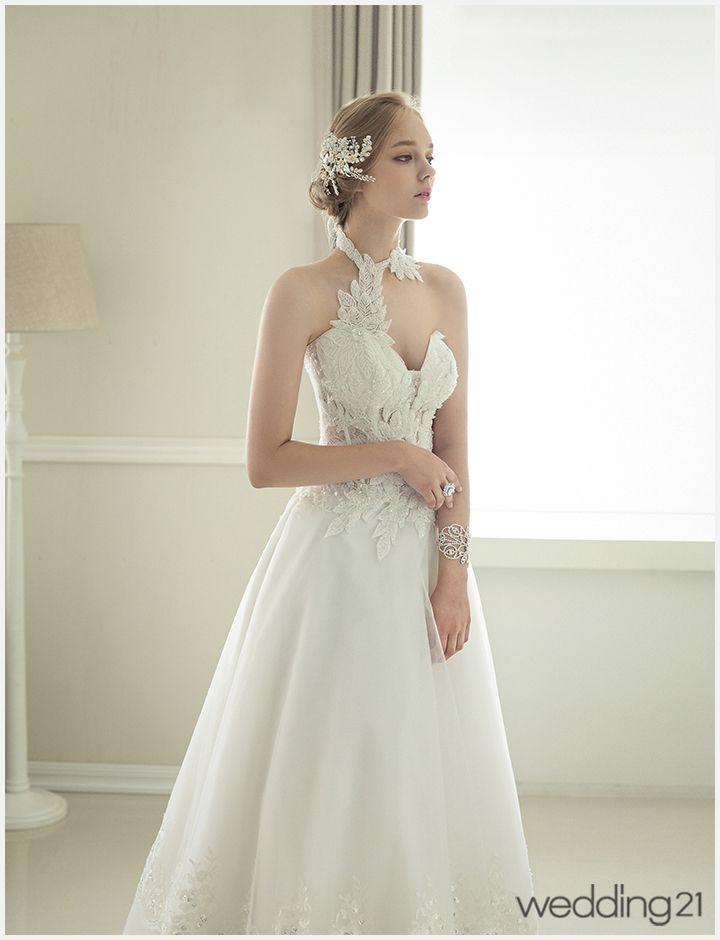 [웨딩드레스] 처음으로 선보이는 유니크한 웨딩드레스 컬렉션..디에나웨딩 < 웨딩뉴스 < 웨딩검색 웨프