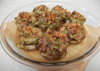 Shelly's Green Bean Casserole Stuffed Mushrooms (aka World's Best Thanksgiving Appetizer) #Thanksgiving #Recipes