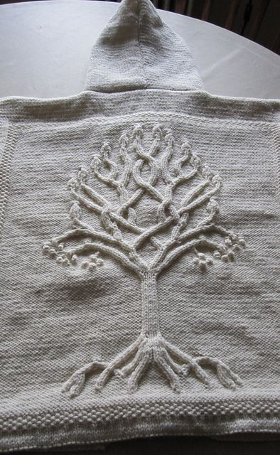 Ravelry: HenrietteQ's Mrs. Q's third Arwen and second Dragoncrafters tree.