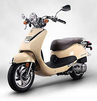 Lance Cali Classic 50cc scooter from Second City Scooters-pretty sure this is what I'm saving up for now.