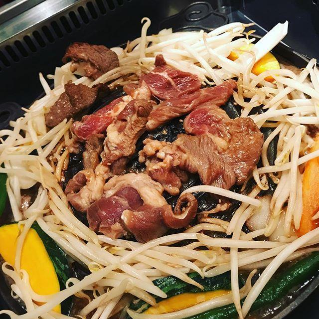 初めてのジンギスカン♪思ったよりマトンくさくなくて美味しい! #sapporo #mutton #jingisukan #ジンギスカン #札幌 #マトン #肉