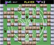 Joaca acest joc interesant cu bomberman care in loc de bombe pune minge de fotbal care explodeaza.