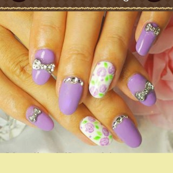 MEOWWW! I downloaded this Japanese nail art app and my head just exploded. I'm moving.