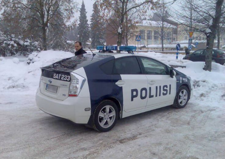 WTF Wednesday: not your average Police cars part 2 (84 Photos)