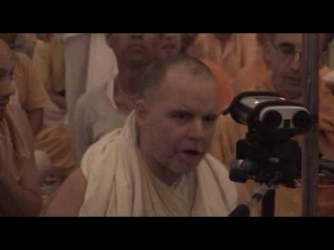 Aindra - Hare Krishna Bhajan in Mayapur 2007  My ALL TIME FAVORITE to wake up to