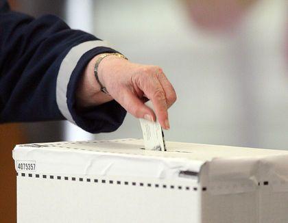Terrorism at the ballot box  BY WARREN KINSELLA, QMI AGENCY