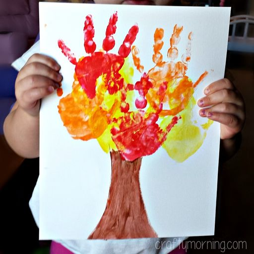 Learn how to make a handprint fall tree craft for kids! All you need is paint, paper, and a paintbrush. It's an easy fall craft for kids to make.