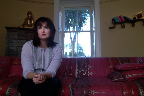 Marian Keyes, Novelist, at home in Dunlaoghaire. For The Observer Magazine, 2003