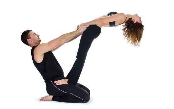 yoga poses for two people - Pesquisa Google   Poses de ...
