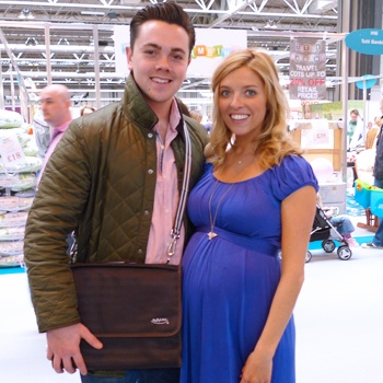 Ray Quinn (X-Factor, Dancing on Ice) and his wife Emma. Espresso Brown MATchel