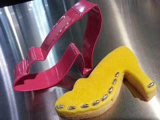 Kiwi Cakes - stiletto high heel cookie