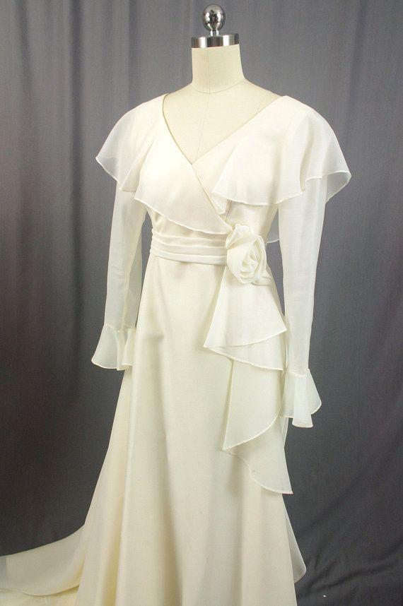1960s Wedding Dress, 60s Ivory Wedding Dress, Bell Sleeve Wedding Dress, Boho Wedding Dress, Small