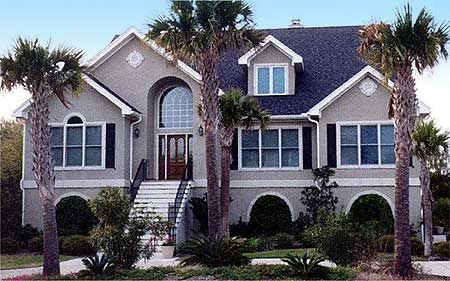 <!-- Generated by XStandard version 2.0.0.0 on 2013-08-26T16:28:58 -->    <ul>  <li>This very special Low Country home plan has a huge…