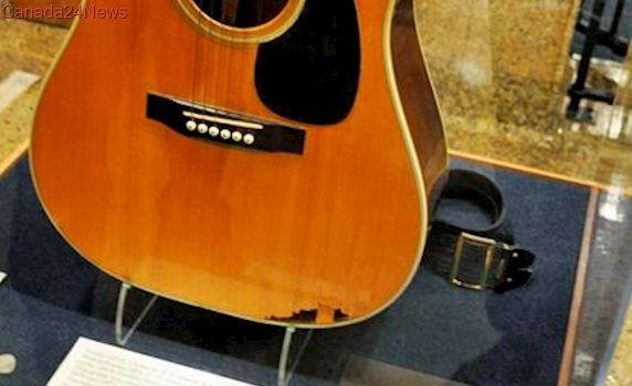 Tennessee man takes Elvis guitar fight to appeals court