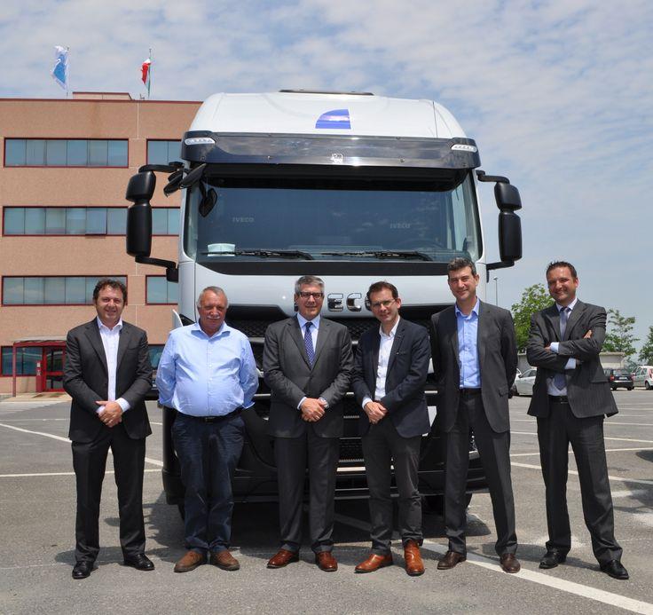 #Iveco consegna i primi 30 dei 250 Stralis Hi-Road previsti per la flotta del Gruppo Gavio entro il 2016