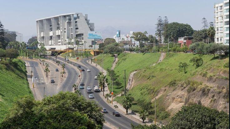UTEC - Universidad de Ingenieria y Tecnologia. Grafton Architects with Shell Arquitectos. 2015, Lima, Peru. (Photo: Iwan Baan)