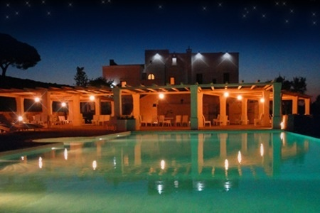 Resort for wedding with seaview, Masseria by night http://www.initalywedding.com/home-en