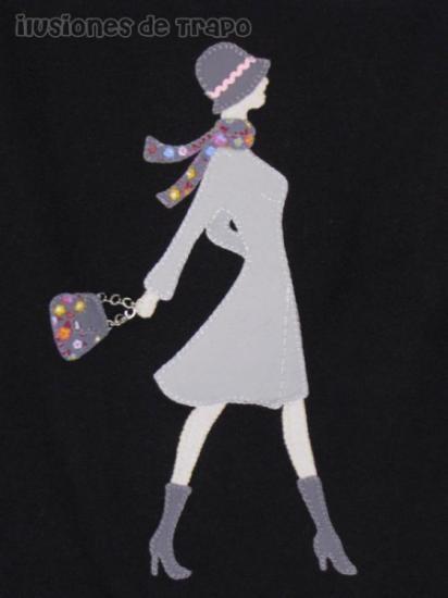 camiseta personalizada para chicas  telas varias,cintas  encajes,hilos dmc y anchor bordado mano