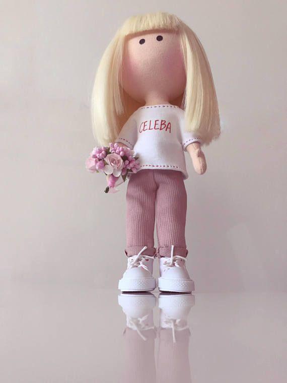 Regalo para la muñeca mamá tela arte OOAK mini de selfie retrato tejido hecho a mano me cumpleaños regalo personalizado Tilda suave personalizada muñeca por PticaDolls de la muñeca de la muñeca Se trata de una muñeca hecha a mano decorativa. Muñeca de textil es suave, se hace de jersey de