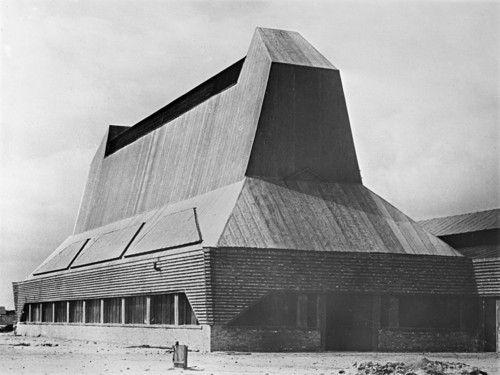 Erich Mendelsohn - Hutfabrik Steinberg, Luckenwalde  1921