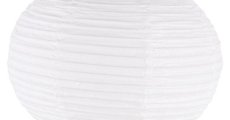Como fazer lanternas de papel flutuantes