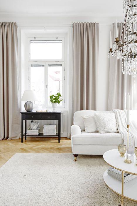 Beatas vackra sekelskiftesvåning är fylld av smarta lösningar och prylar som alla har råd med! Foto: Sara Landstedt alltihemmet.se