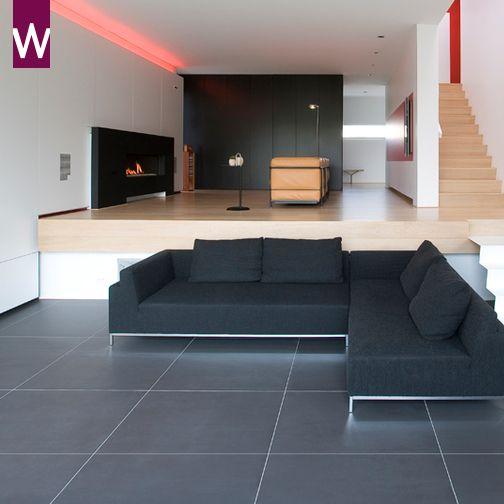 Grote vloertegels zijn de trend van dit moment. Nu in de showroom met grote korting! http://www.vanwanrooij-warenhuys.nl/tegels/