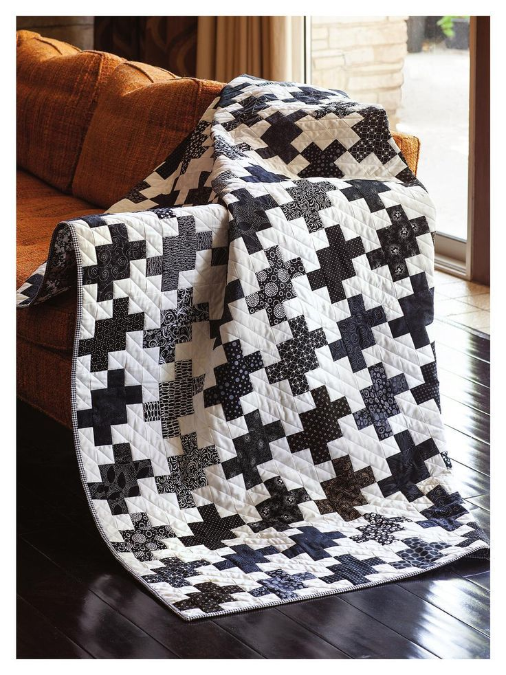 Easy Quilts Summer 2013; absolutely love the black and white!! TONS of quilt ideas in here-- check it out!