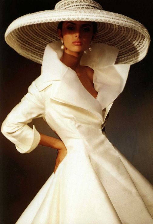 Omg.. this look is EVERYTHING.   Love, love, love <3.  -Christian Dior by Gianfranco Ferré