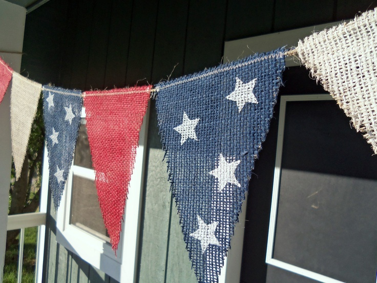 4th of July Banner Decoration / Photography Prop / Memorial Day Decoration / Red White Blue. via Etsy.