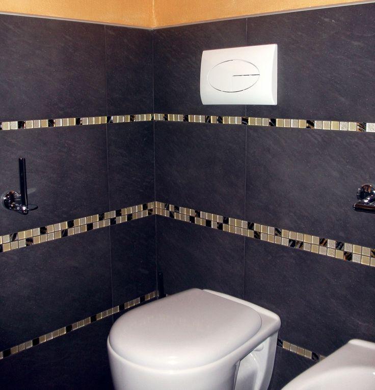 Rivestimento bagno con ardesia e mosaico vetroso - Coating bath ...
