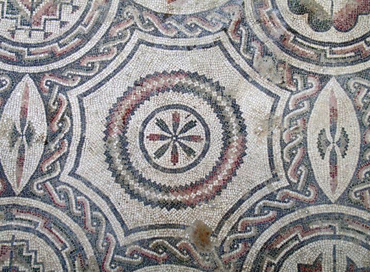 Los mosaicos geométricos de Piazza Armerina, Sicilia, Italia. | Matemolivares