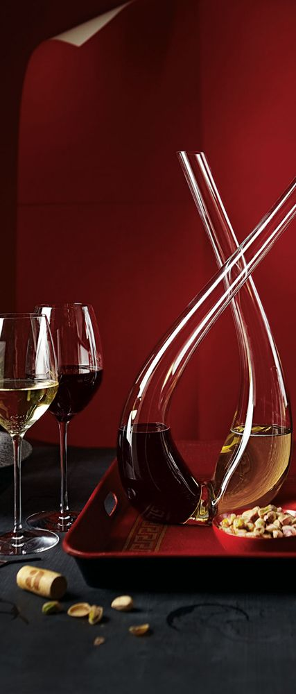 Striking wine decanters. Simon Pearce Decanters, Wine Glasses & Flutes. #EccoDomaniCelebration