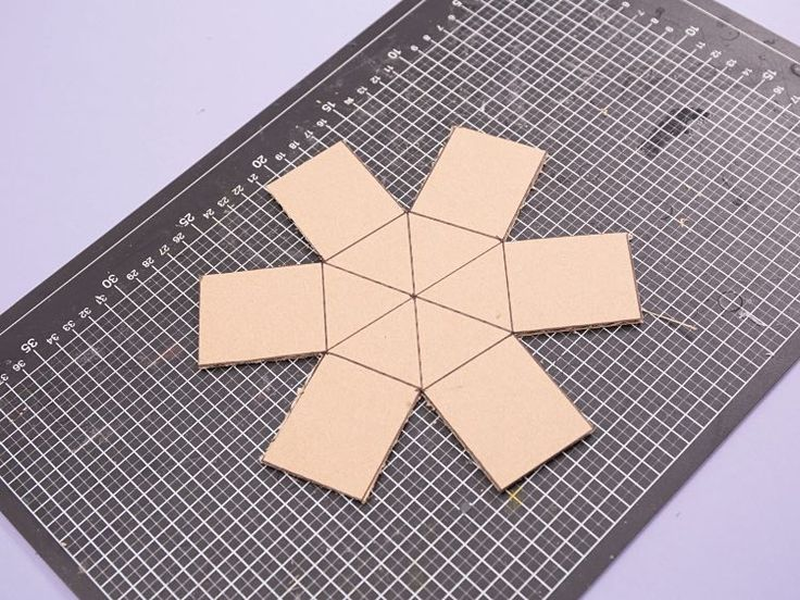 DIY-Anleitung: Hexagon-Form für Beton-Blumentopf selber machen via DaWanda.com