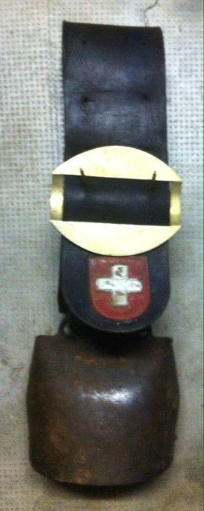 Rare cloche de vache Chamonix Devouassoud 12 - Cloches & sonnailles