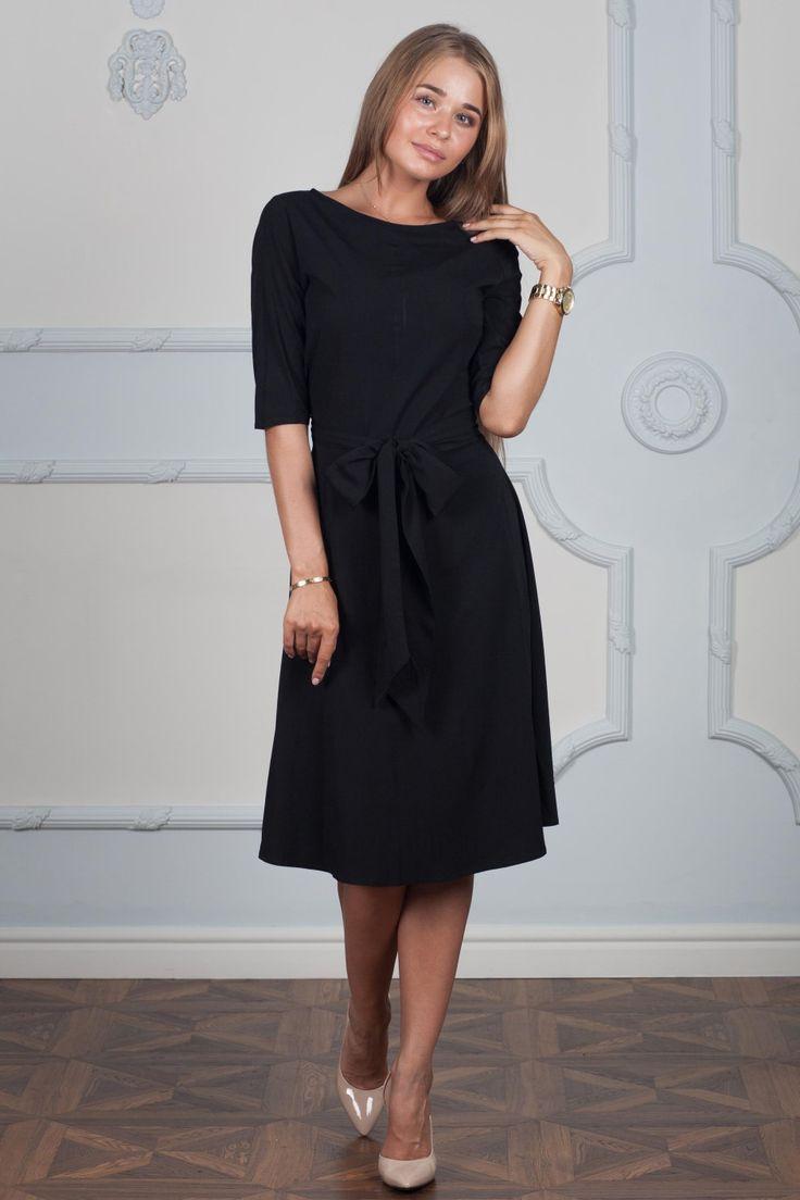 Женское скромное чёрное платье длиной ниже колена — http://fas.st/BuhH6a