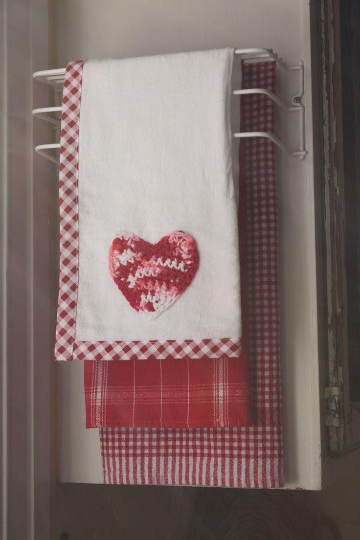 1000 Ideas About Kitchen Towel Rack On Pinterest