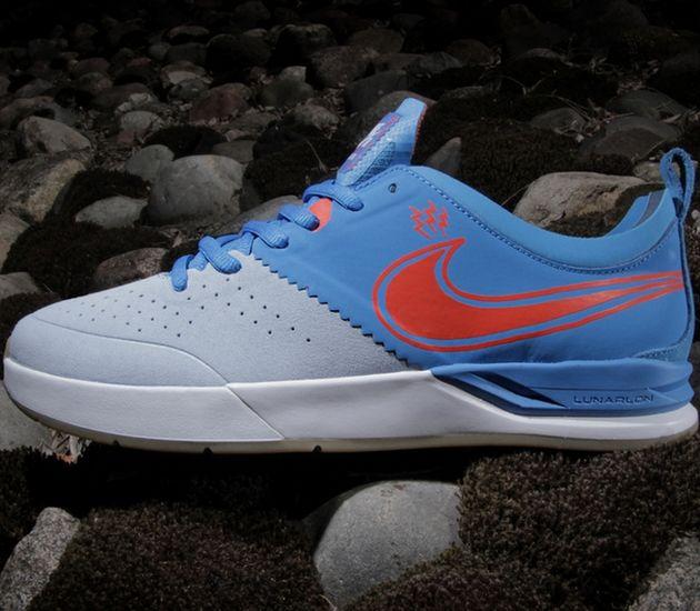 852208d688fd Durable Nike Hyperdunk 2013 Lunar Light Armory Blue Team Orange ...