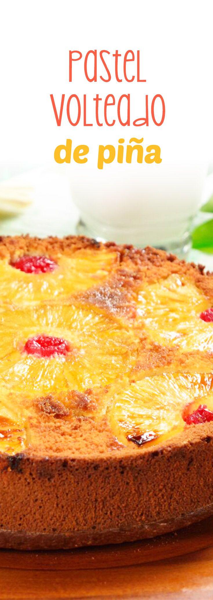 Este pastel de piña te recordará a los postres de la abuela. Delicioso bizcocho de vainilla con piñas caramelizadas con mantequilla ya azúcar mascabado. Ideal para una tarde de café con las amigas.
