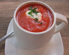 Spicy Red Pepper and Tomato Soup - Easy Food Recipes - Budget