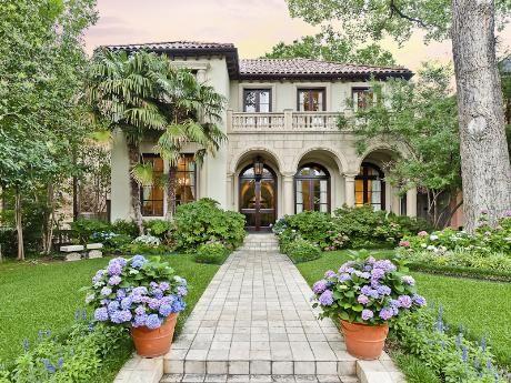 Beautiful Mediterranean Villa Style Home In Highland Park TX Homes Architecture