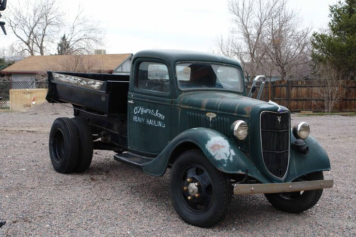 vintage trucks | Brian O'Meara's truck – a 1935 vintage Ford two-ton dump truck
