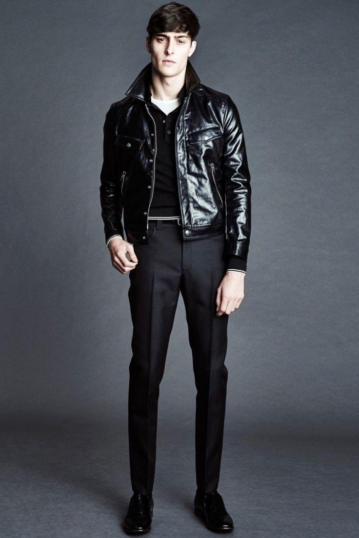 Tom Ford Spring - Summer 2016. Model: Rhys Pickering.