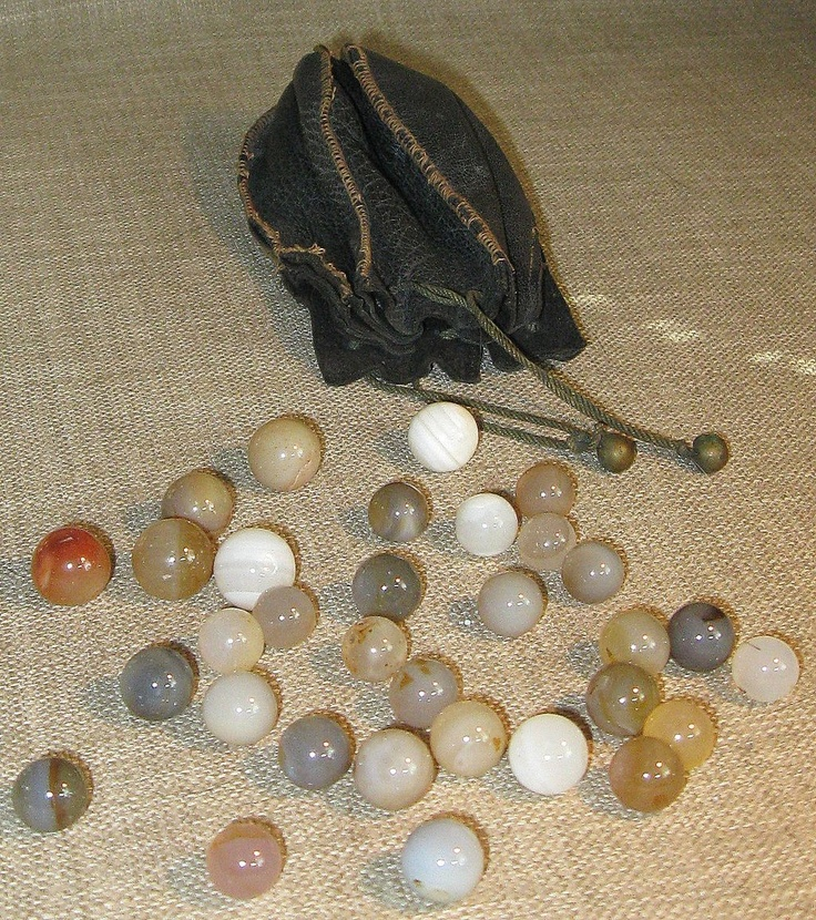 1930s Stitched Leather Marble Pouch With 32 Original Agate