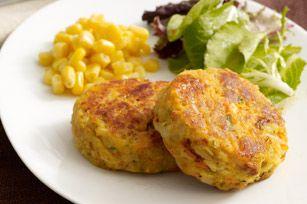 Galettes de thon - Doublez la recette et conservez au frigo pour un bon repas sur le pouce durant le week-end!