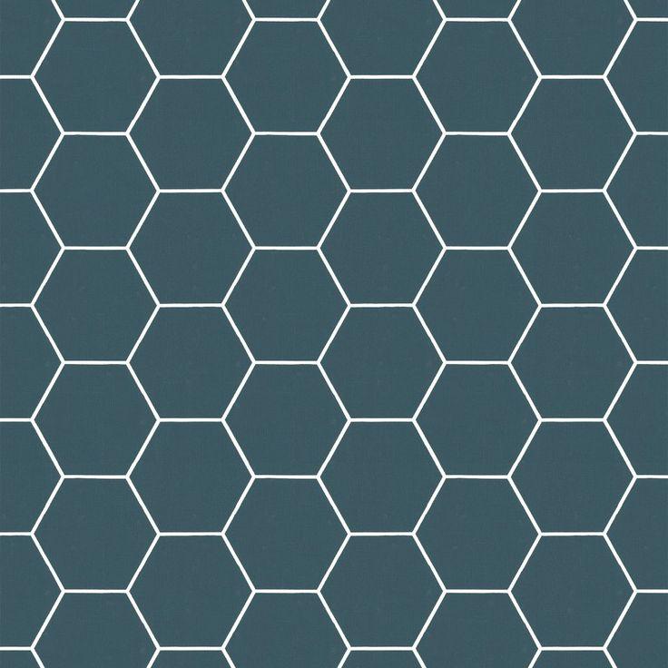 Breng dat luxe accent aan met ronde, zachte en geometrische vormen zoals dit vliesbehang honingraat blauw in een rijke, diepe kleur blauw.