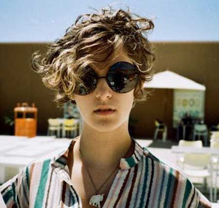 Short Curly Womens Hairstyles