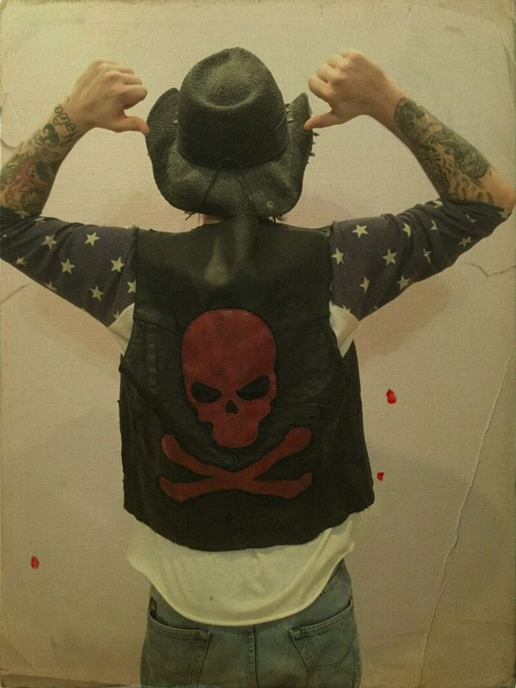 Image of Rocker distressed leather vest