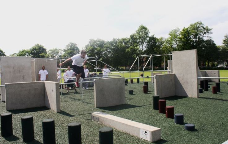 http://www.freemove.co.uk/resources/uploads/news/Parkour%20open%20day%20129_114-072230.jpg