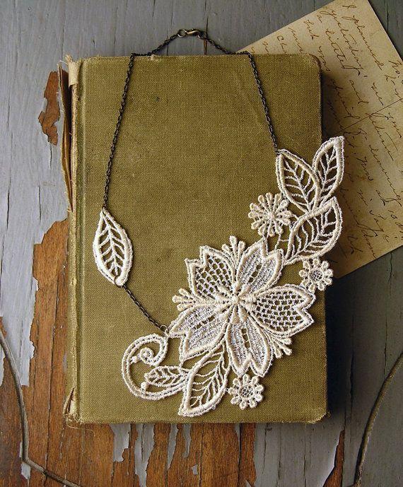 wedding- lace necklace -MARICHELLE-  ivory - floral - leaf - fall - bride- gift- vintage wedding